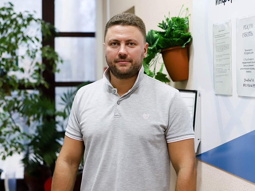 Киселев Д.В. Врач имплантолог-протезист